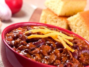 Chili-Cornbread